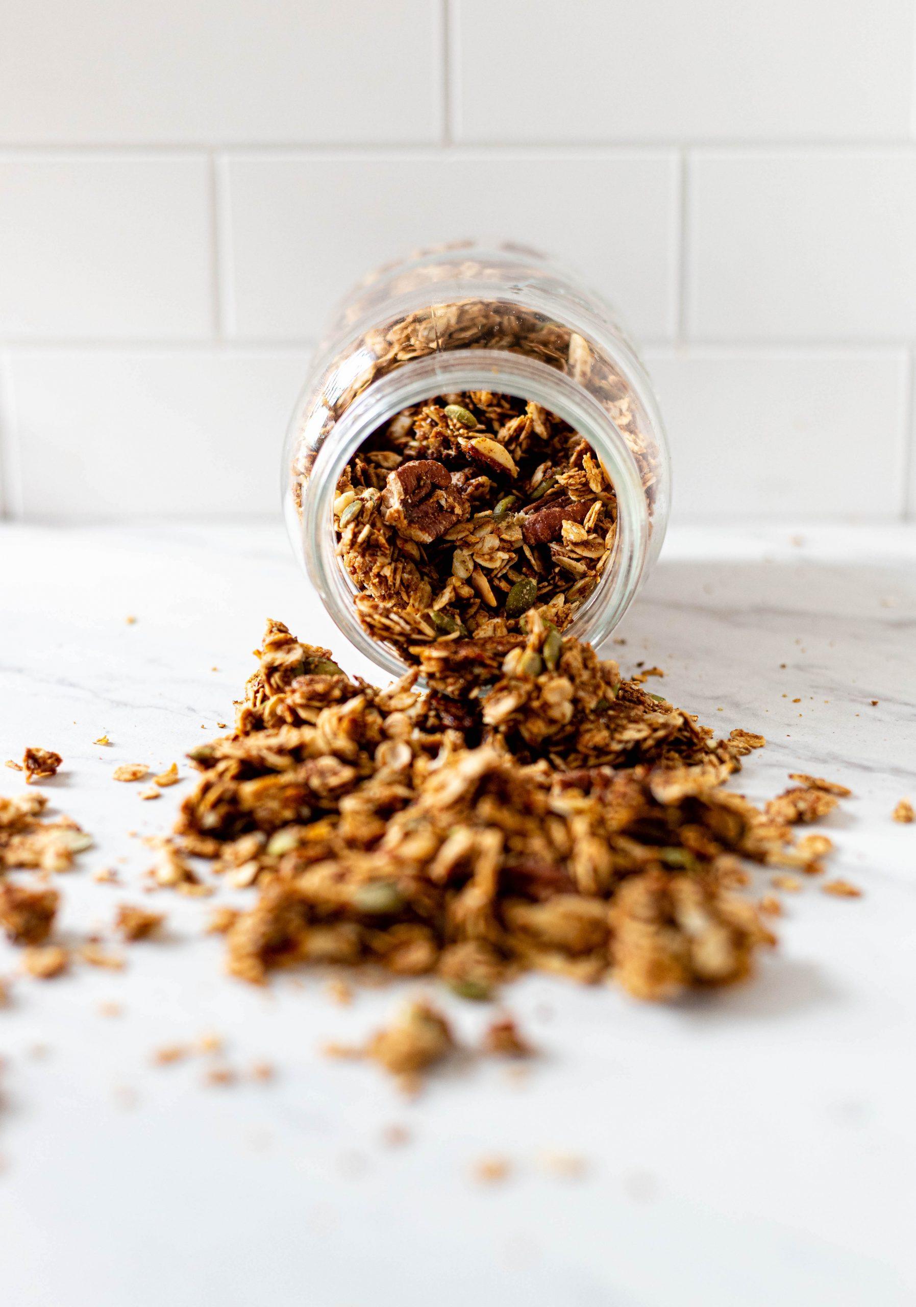 vegan gingerbread granola