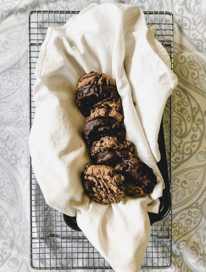 classic vegan peanut butter cookies chocolate