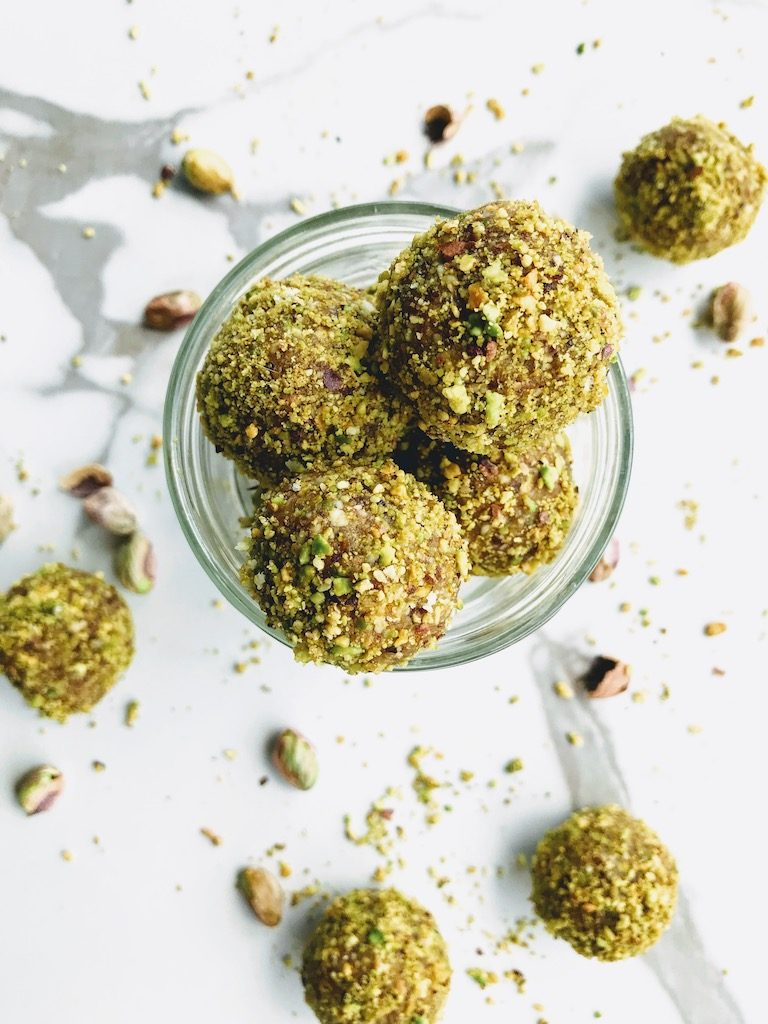 protein balls with dates