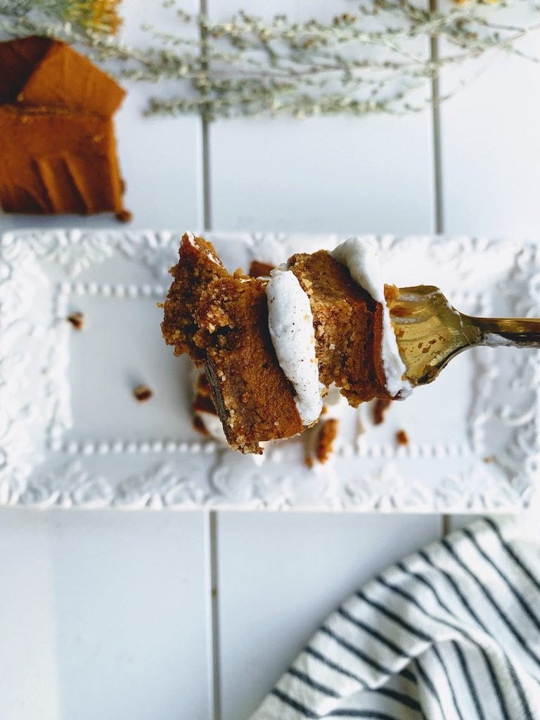 close up of pumpkin bars