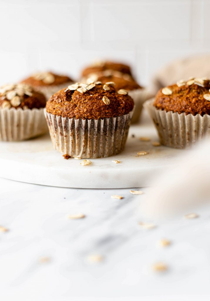 cat tail with banana muffins