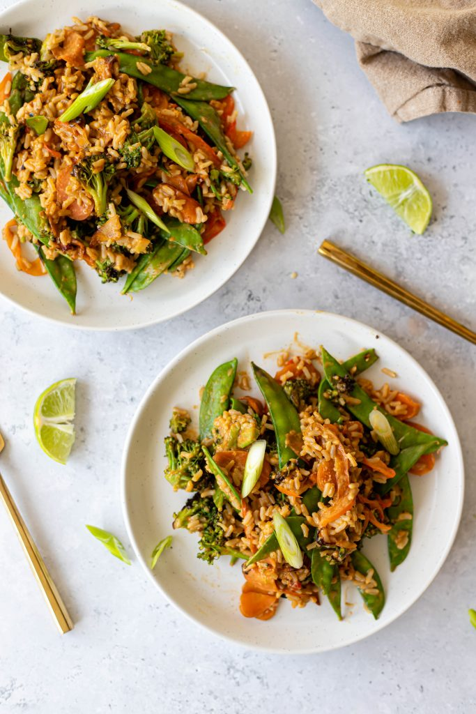 veggie stir fry on two plates