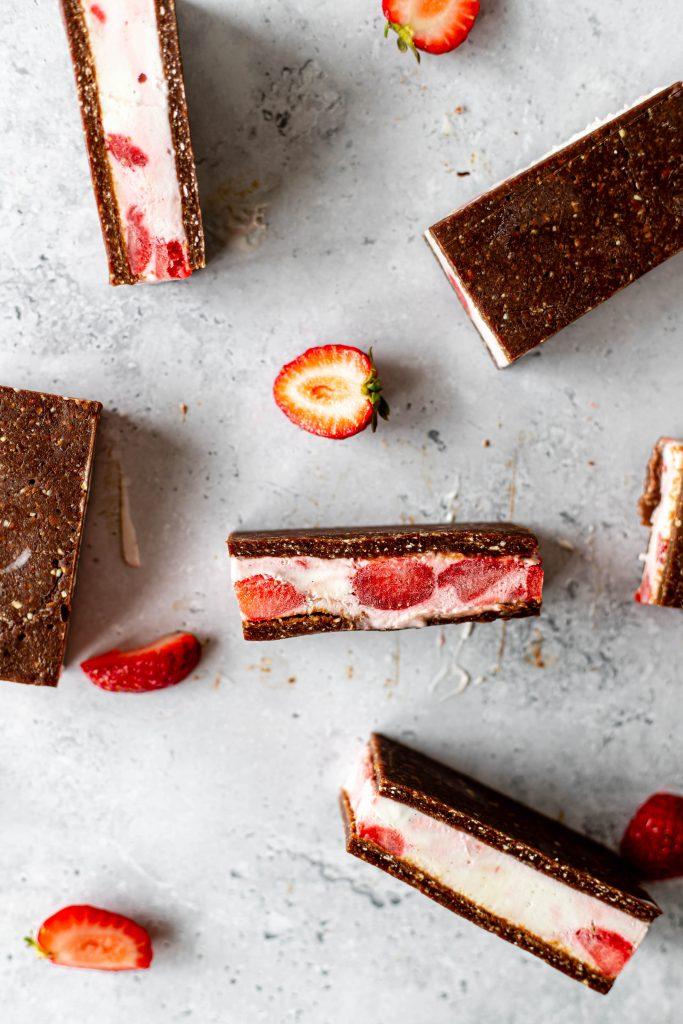 vegan desserts with strawberries